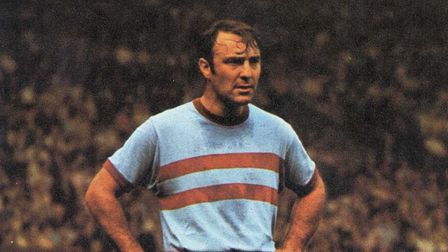 Jimmy Greaves will speak at The Orchard Theatre.