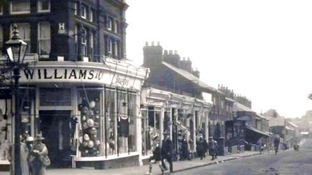 Bells Road in Gorleston perhaps in the 1930s or earlier. Just off this road was Upper Cliff Road whe