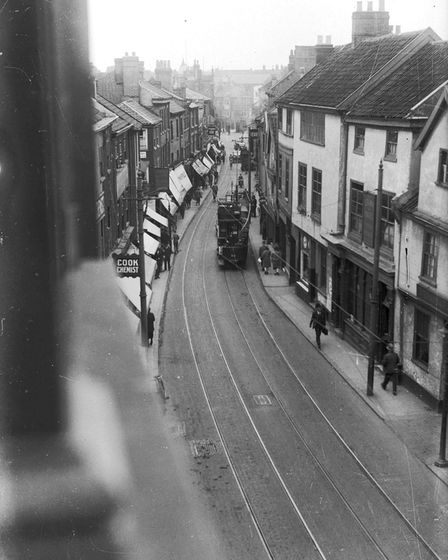 IMAGES OF NORWICH BOOKChapter On The Trail Of The Trams , Page 21.A TRAM ALONG ST STEPHEN'S ST