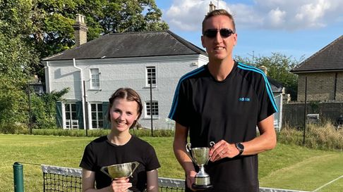 Jessica Hagley andStuart Shepherd - the two singles champions for 2021 at Castle Hill Tennis Club.
