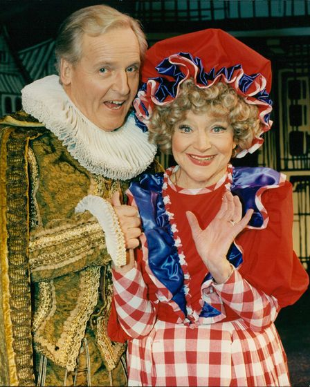 Nicholas Parsons and Dora Bryan are set for seven weeks of fun as Dick Whittington open the new pant