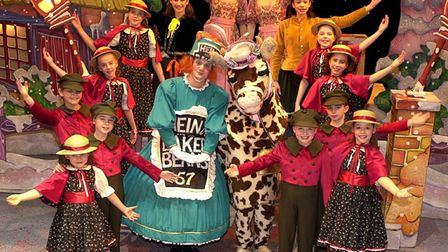 Pic for Eastern Daily Press story - Rowan Entwistle copy - Panto Photocall for Jack and the Beanstal