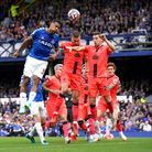 Norwich City slipped to a sixth straight Premier League defeat at Everton