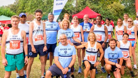Ilford Athletics Club at the Elvis series race at Valentine's Park