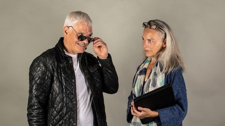Jim Markey as Jefferson Steele and Charlotte Collingwood as Dorothy Nettle in A Bunch of Amateurs at the Barn Theatre