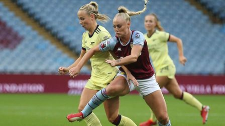 Arsenal's Beth Mead (left) and Vivianne Miedema battle for the ball during the FA Women's Super Leag
