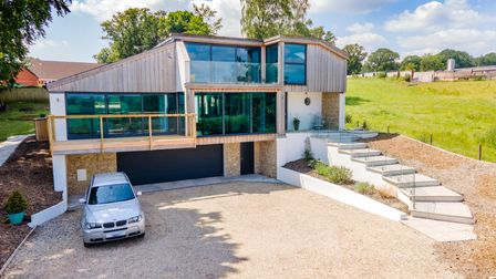 Stunning 3 bedroom contemporary home with swimming pool near Axminster