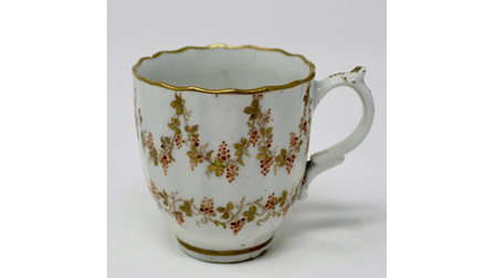 Teabowl, coffee cup and saucer M and E Calder service Lowestoft Porcelain auction