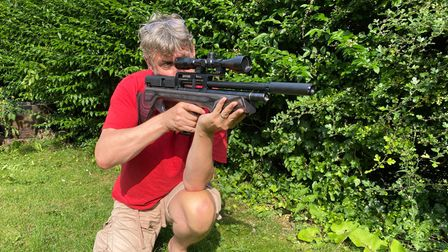Dave Barham shooting the BSA Defiant air rifle for a test review