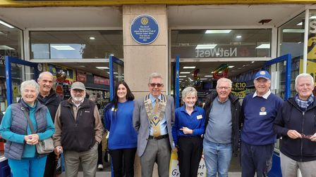 What blue plaques are in Weston?