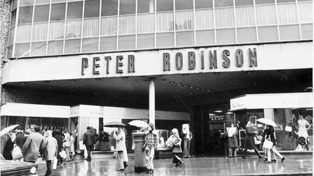 Norwich Buildings RPeter Robinsons fashion store on The Walk, now occupied by Top Shop (2002)