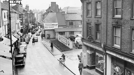 Norwich --- Streets -- SSt. Stephen's Street before redevelopmentDated -- No date given but