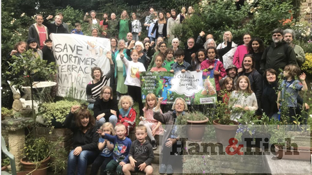 Protesters fighting to save Mortimer Terrace Nature Reserve in 2019