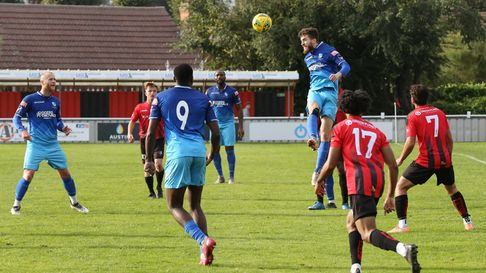 Wingate & Finchley in action against Brightlingsea Regent