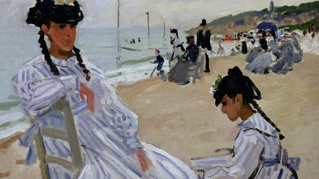 MMT157947 On the Beach at Trouville, 1870-71 (oil on canvas) by Monet, Claude (1840-1926); 38x46 cm;