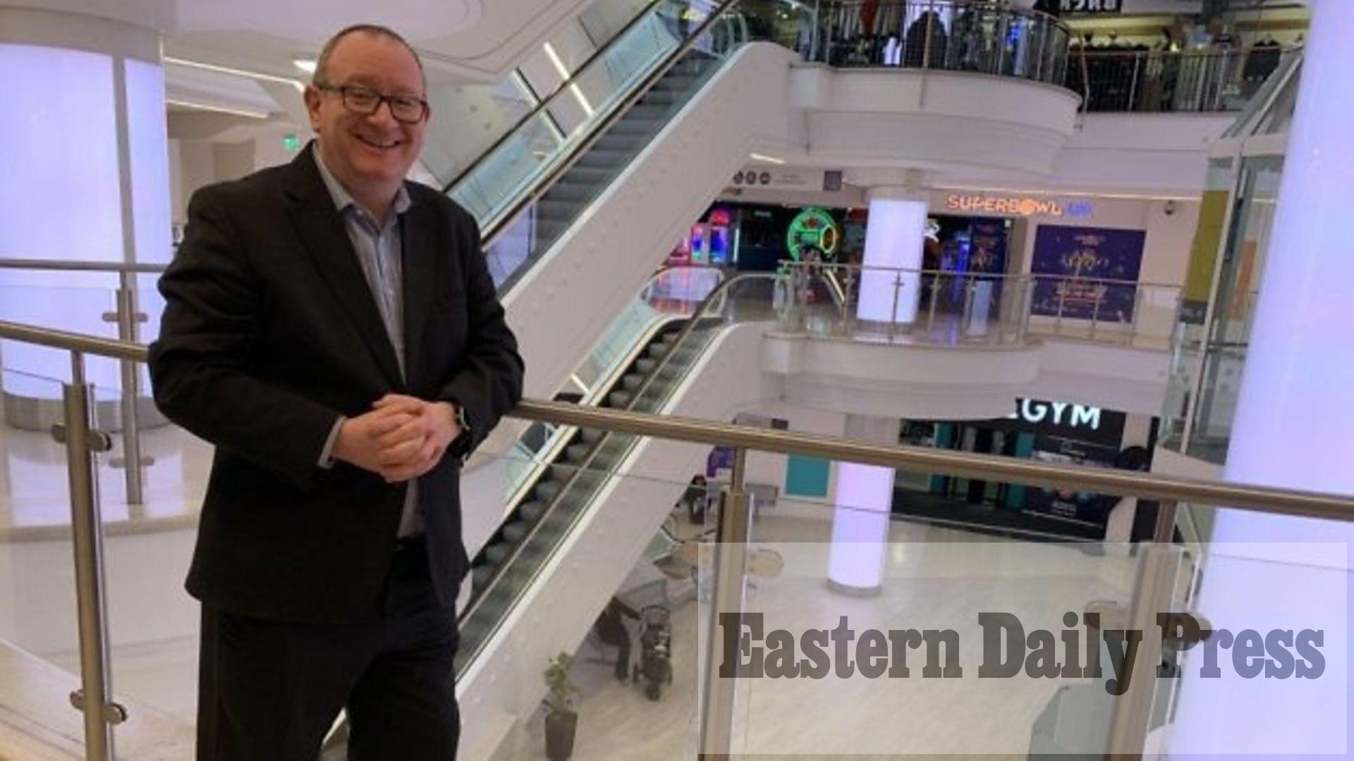 'Don't come': Boss tells shoppers to stay away for now